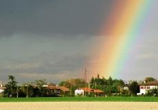 La casa baciata dall'arcobaleno