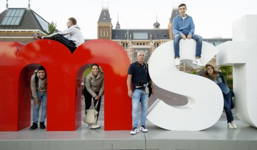 amsterdam-I-dont-want-to-smile
