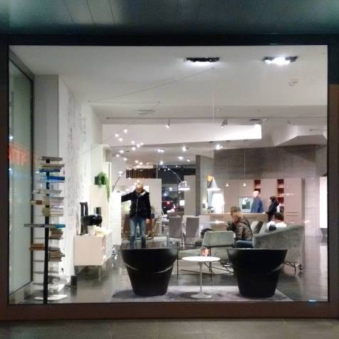 Mestre - Living in a living showroom.